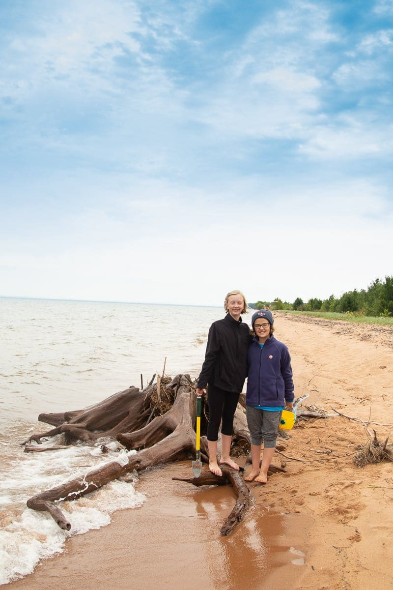 THE BEST Places To Hike In Bayfield: 10 Wisconsin Trails in Bayfield County that make for a perfect adventure #bayfieldwi #hiking *Beautiful pic of Friendly Valley Beach!